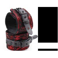 Black Diamond Bondage LACE WRIST RESTRAINTS BLACK/RED